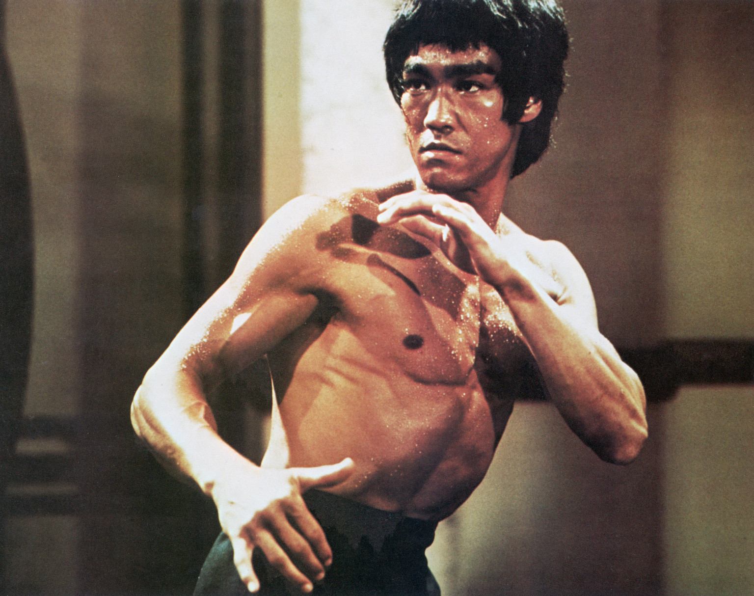 Chinese-American martial arts exponent Bruce Lee (1940 - 1973), in a karate stance, early 1970s. (Photo by Archive Photos/Getty Images)
